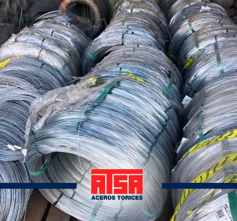 Rollos de alambre galvanizado con zinc; el mejor precio en Aceros Torices.